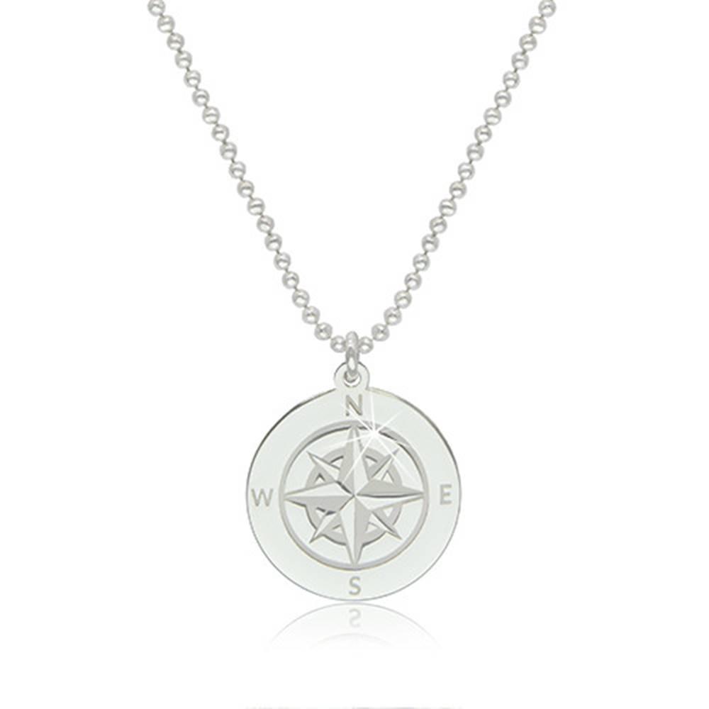 Šperky eshop Strieborný 925 náhrdelník - obrys kruhu s vyobrazeným kompasom a svetovými stranami