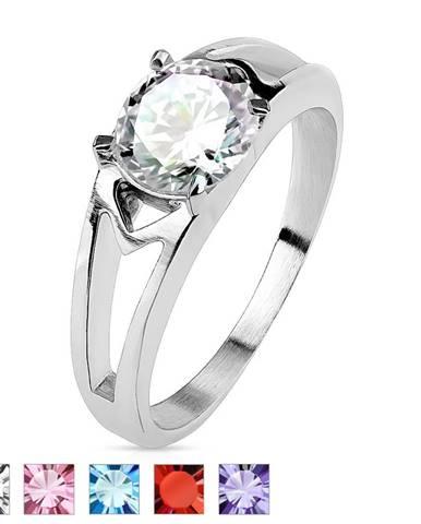 Oceľový prsteň s ozdobnými výrezmi a zirkónom - Veľkosť: 49 mm, Farba: Ružová