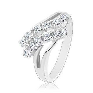 Ligotavý prsteň, strieborná farba, rozdvojené ramená, dve zirkónové línie - Veľkosť: 51 mm, Farba: Číra - fialová