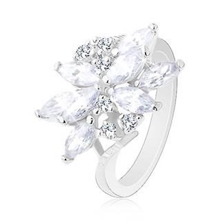 Trblietavý prsteň v striebornom odtieni, kvet - zirkónové zrniečka rôznej farby - Veľkosť: 49 mm, Farba: Číra