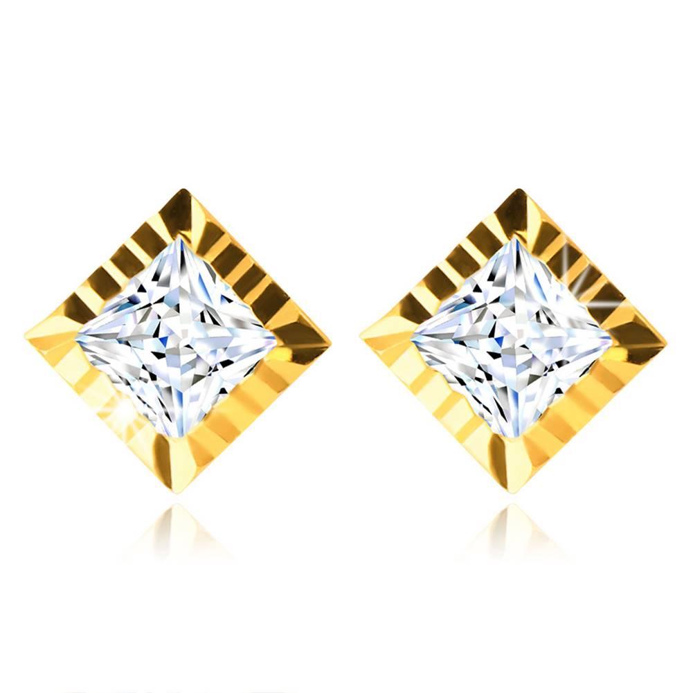 Šperky eshop Zlaté 585 puzetové náušnice - štvorcový zirkónik lemovaný líniou so zárezmi